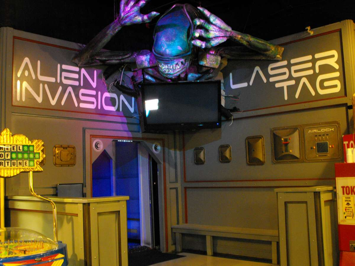 Immersive-Laser-Tag-Lobby-Entrance